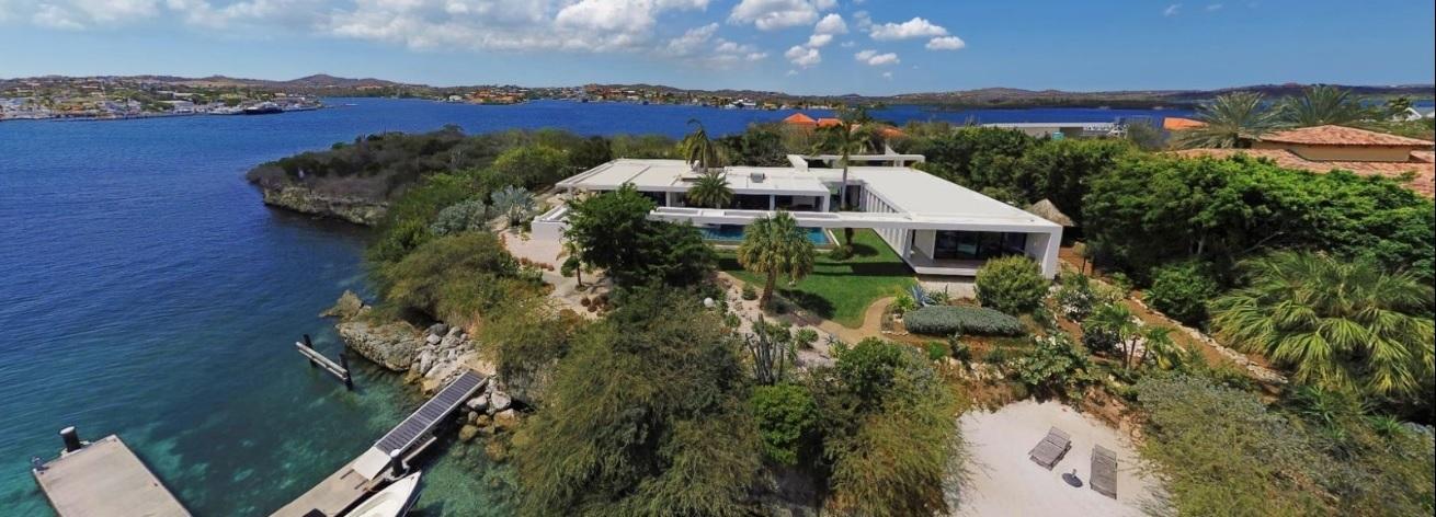 Seru Boca Estate Contemporary Beachfront Villa 45