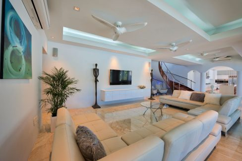 Villa-Amalia-Saint-Maarten-Ushombi-14