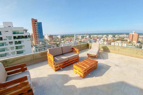 rooftop-pool-apartamento-apartment-venta-sale-realty-imueble-barranquilla-colombia