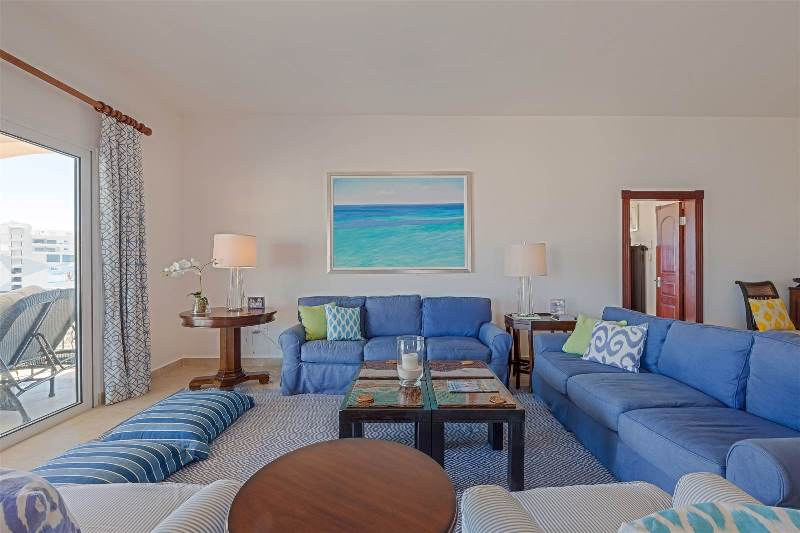 11.-for-sale-luxury-3-bedroom-3-bath-fully-furnished-condo-in-cupecoy-st.-maarten-living-room