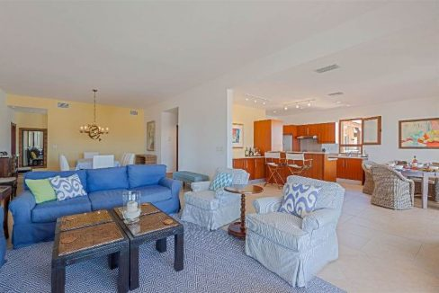 12.-for-sale-luxury-3-bedroom-3-bath-fully-furnished-condo-in-cupecoy-st.-maarten-inside-living