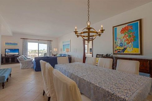 14.-for-sale-luxury-3-bedroom-3-bath-fully-furnished-condo-in-cupecoy-st.-maarten-second-dining