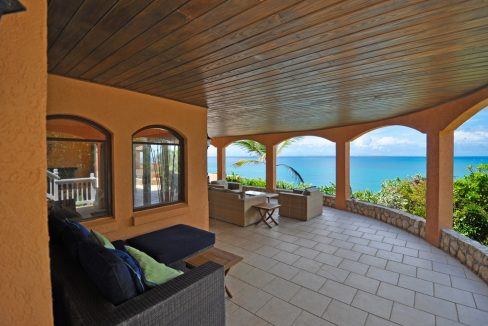 for-sale-3-bedroom-3.5-bath-ocean-view-villa-saint-martin-terres-basses-9