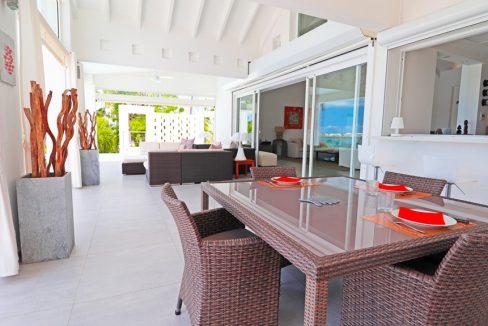for-sale-5-bedr5oom-5.5-bath-lagoon-front-villa-st.-maarten-maho-13