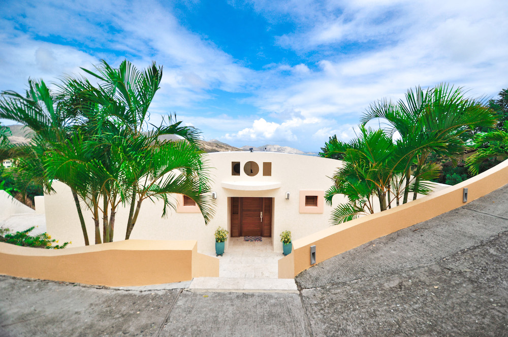 for-sale-ocean-view-villa-3-bedroom-4-baths-sint-maarten-oyster-pond-1-1