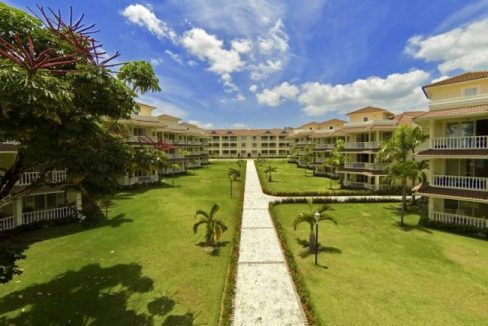 Location-Lifestyle-And-Ocean-Views-Ushombi-2