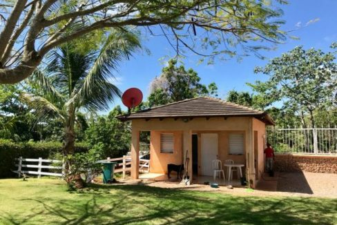 Watchmans-house-Villa-Loma-Alta-650x465