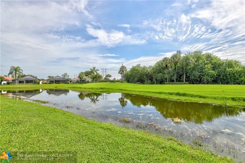 21020-Cottonwood-Drive-Florida-Ushombi-4