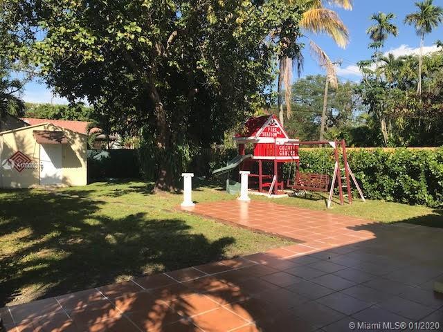 4279-SW-10th-St-Coral-Gables-Florida-Ushombi-17