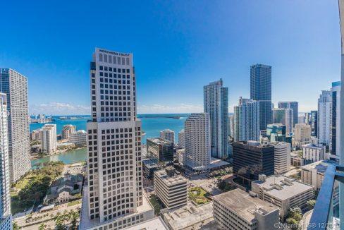 68-SE-6th-St-#3207-Miami-Florida-Ushombi-16