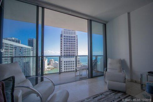 68-SE-6th-St-#3207-Miami-Florida-Ushombi-22