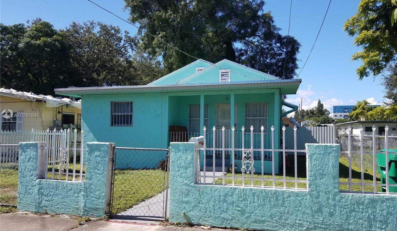 6810-NW-5th-Pl-Florida-Ushombi-2