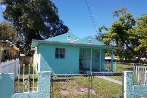 6810-NW-5th-Pl-Florida-Ushombi-4