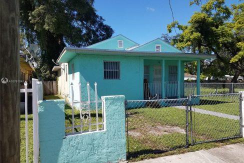 6810-NW-5th-Pl-Florida-Ushombi-6