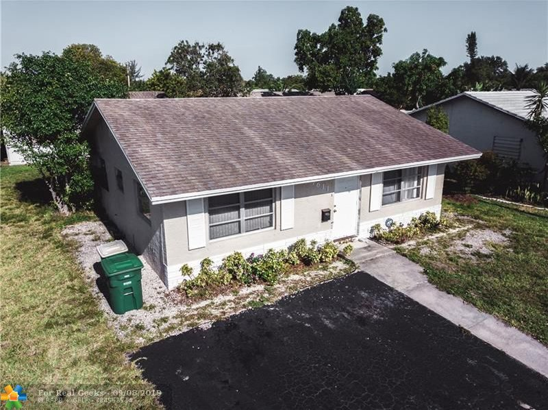 7611-NW-66th-Terrace-Florida-Ushombi-1