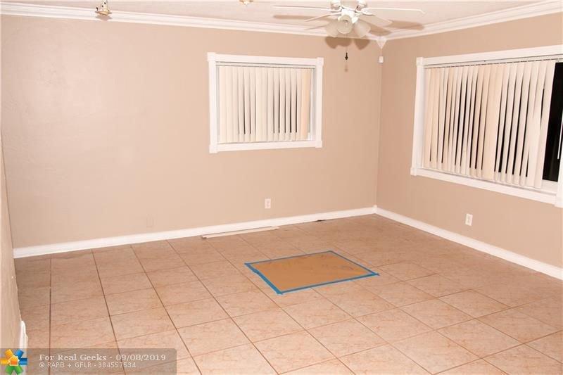 7611-NW-66th-Terrace-Florida-Ushombi-20