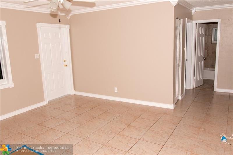7611-NW-66th-Terrace-Florida-Ushombi-21