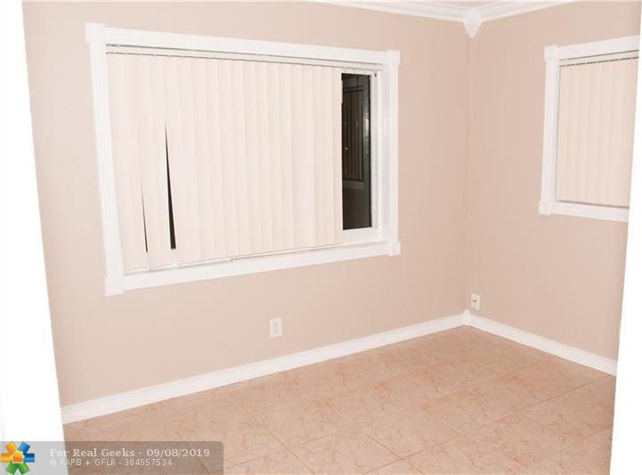 7611-NW-66th-Terrace-Florida-Ushombi-23