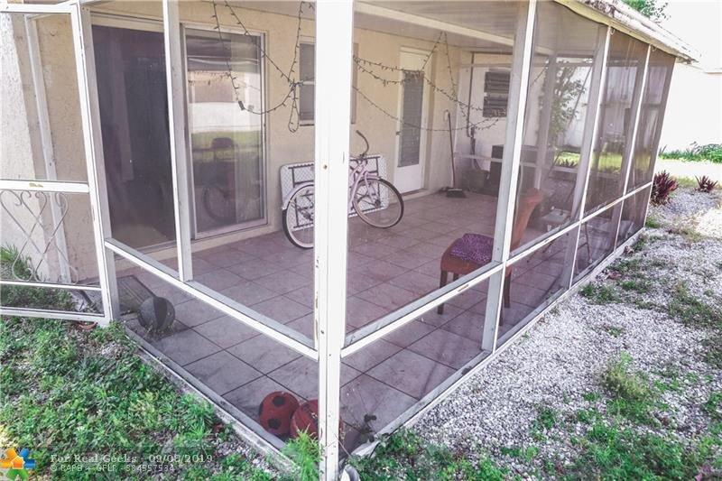 7611-NW-66th-Terrace-Florida-Ushombi-28