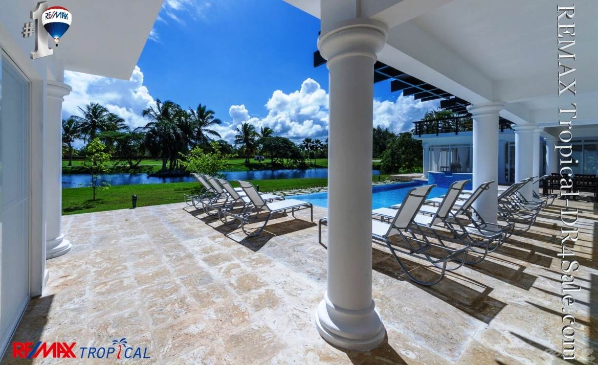 8BR-Villa-Paseo-del-Lago-Punta-Cana-Dominican-Republic-Ushombi-11