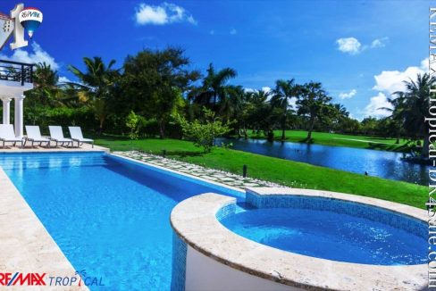 8BR-Villa-Paseo-del-Lago-Punta-Cana-Dominican-Republic-Ushombi-13