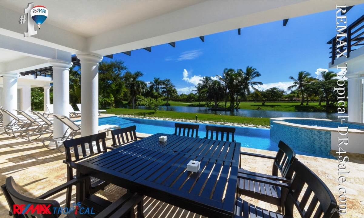 8BR-Villa-Paseo-del-Lago-Punta-Cana-Dominican-Republic-Ushombi-14