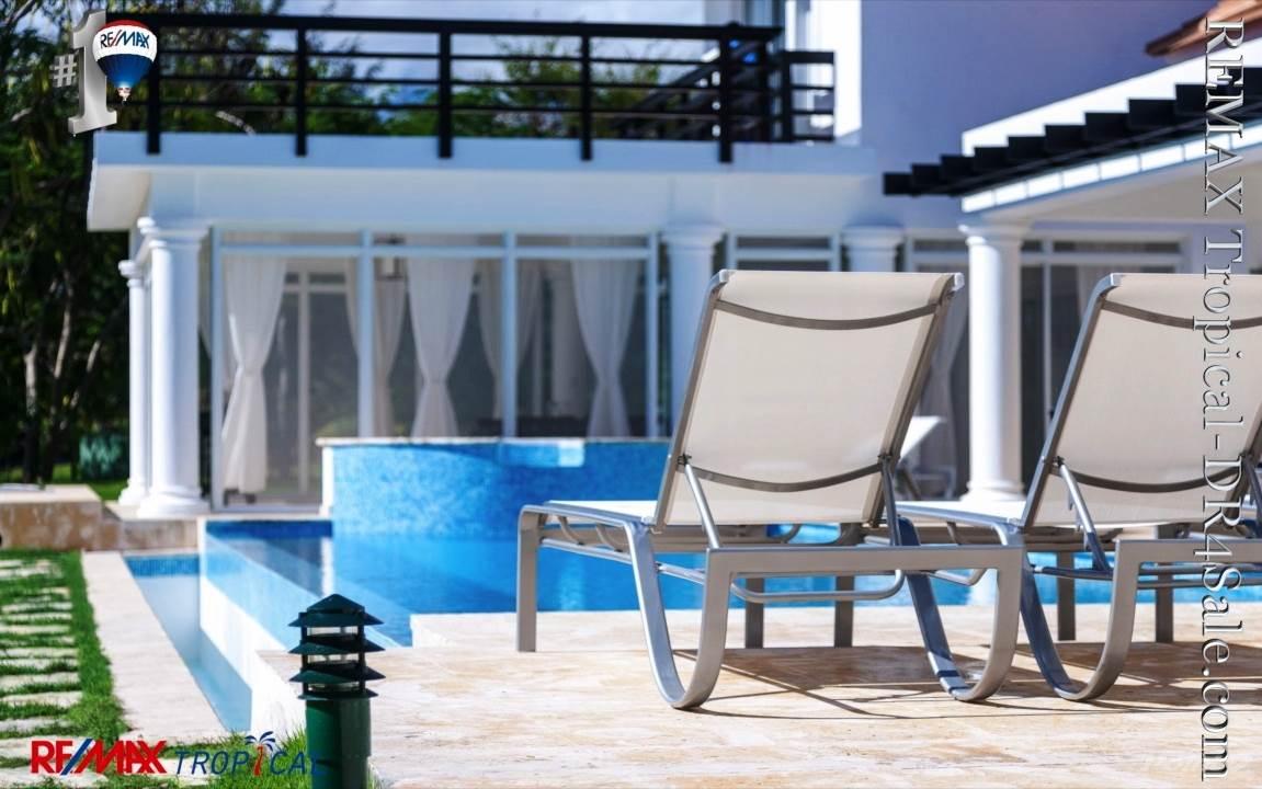 8BR-Villa-Paseo-del-Lago-Punta-Cana-Dominican-Republic-Ushombi-15