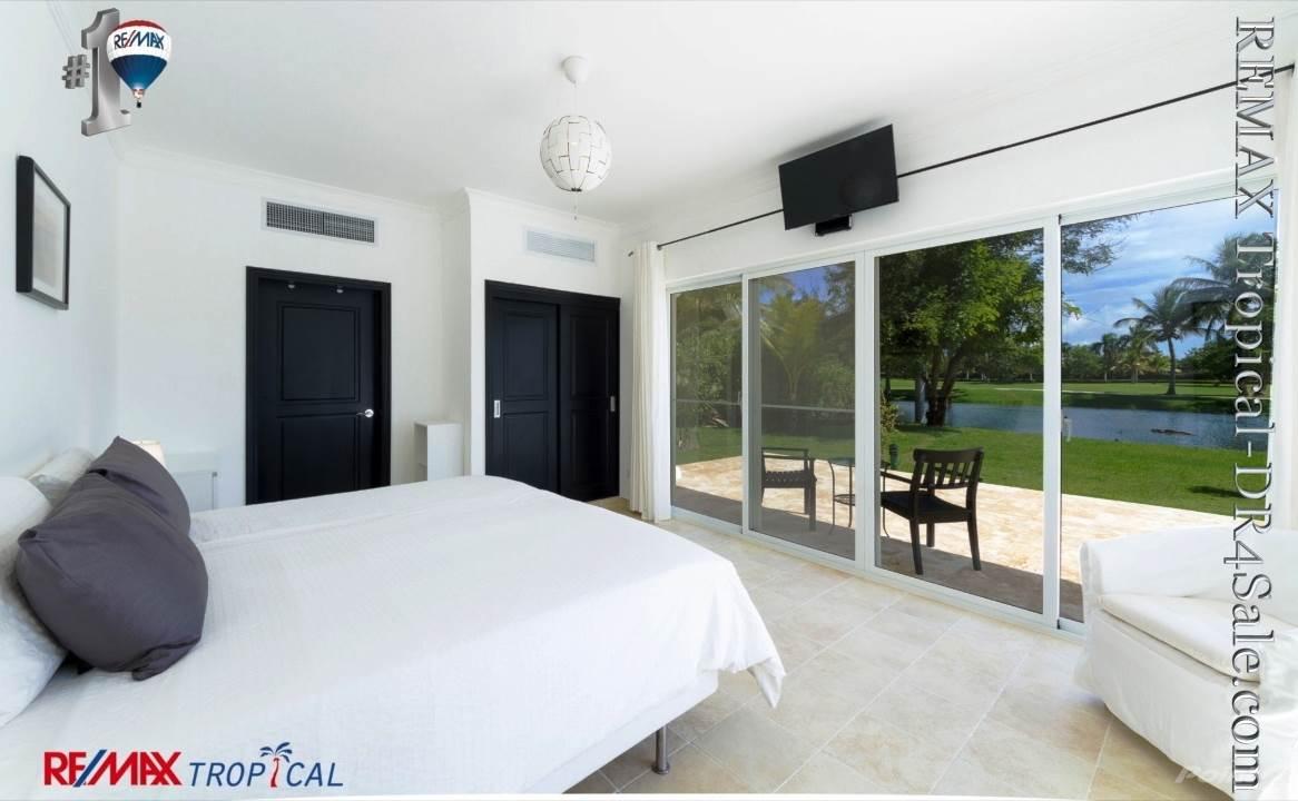 8BR-Villa-Paseo-del-Lago-Punta-Cana-Dominican-Republic-Ushombi-25