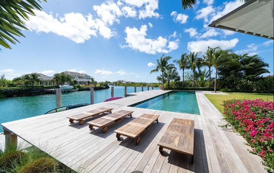 Cala-Rum-Dum-Fincastle-Island-Bahamas-Ushombi-6