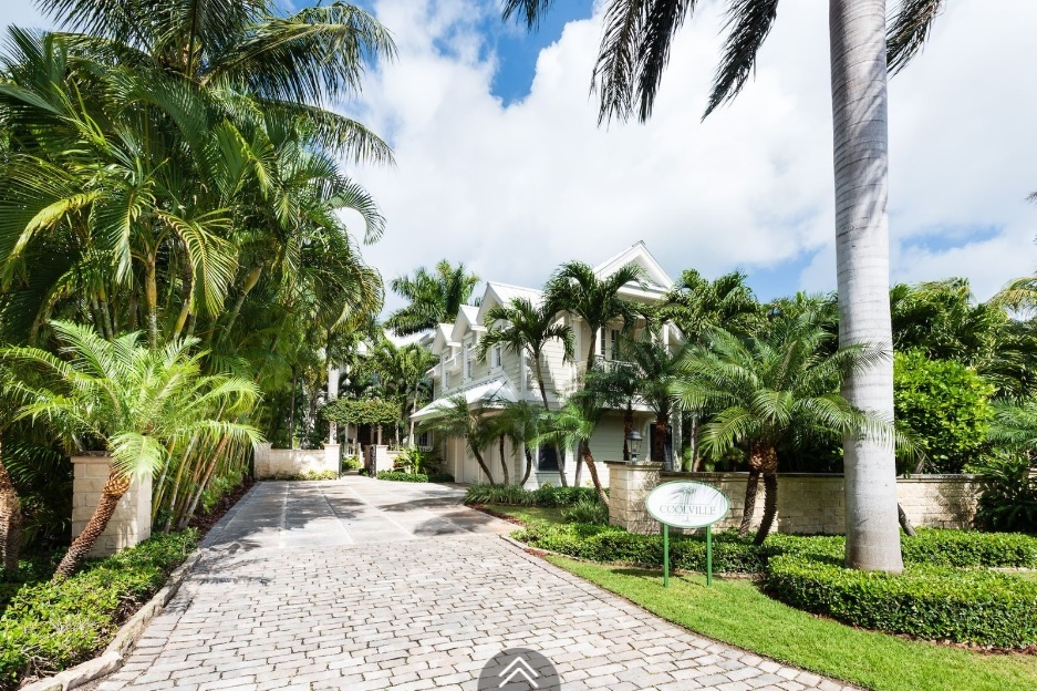 Coolville-Canal-Beach-#19-Bahamas-Ushombi-1