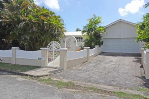 Durants-Fairway-with-Pool-Barbados-Ushombi-2