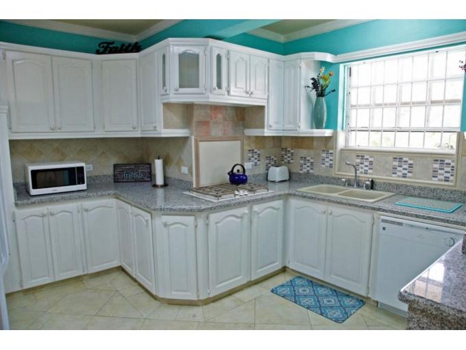 Holders Hill,-John's-Plain-Barbados-Ushombi-12