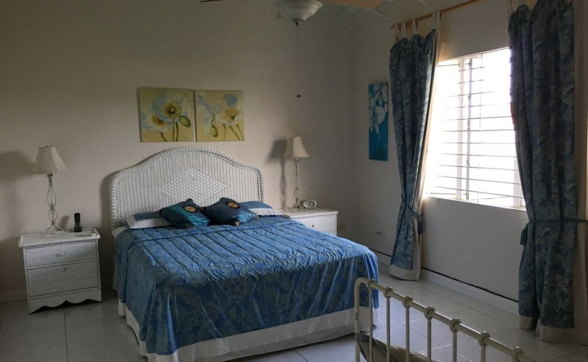 Holders-Hill-Townhouse-Barbados-Ushombi-13