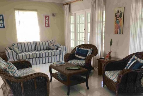 Holders-Hill-Townhouse-Barbados-Ushombi-4
