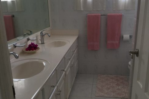 Holders-Hill-Townhouse-Barbados-Ushombi-9