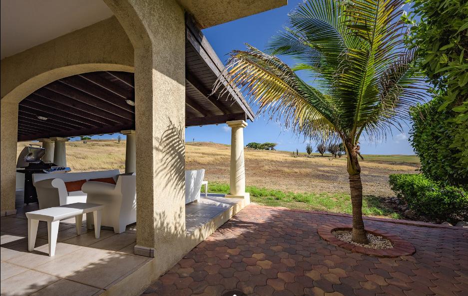 Las-Palmas-28-A-Aruba-Ushombi-9