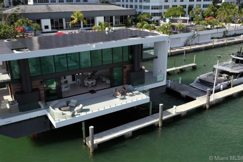 Mansion-On-The-Water-Florida-Ushombi-33