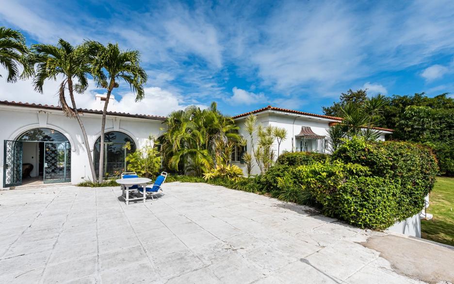 Sigrist-House-Nassau-Bahamas-Ushombi-11