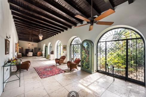 Sigrist-House-Nassau-Bahamas-Ushombi-13