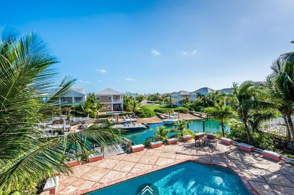 Kingfisher-Island-#29-Bahamas-Ushombi-8