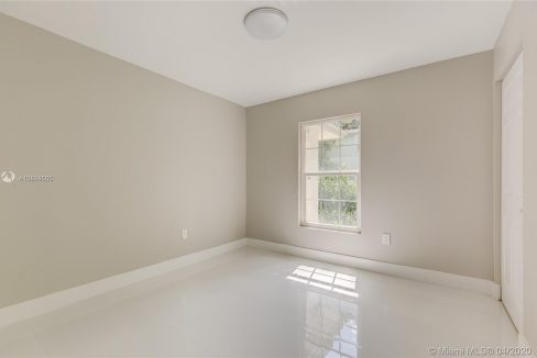 3564-William-Ave-Miami-Florida-Ushombi-17