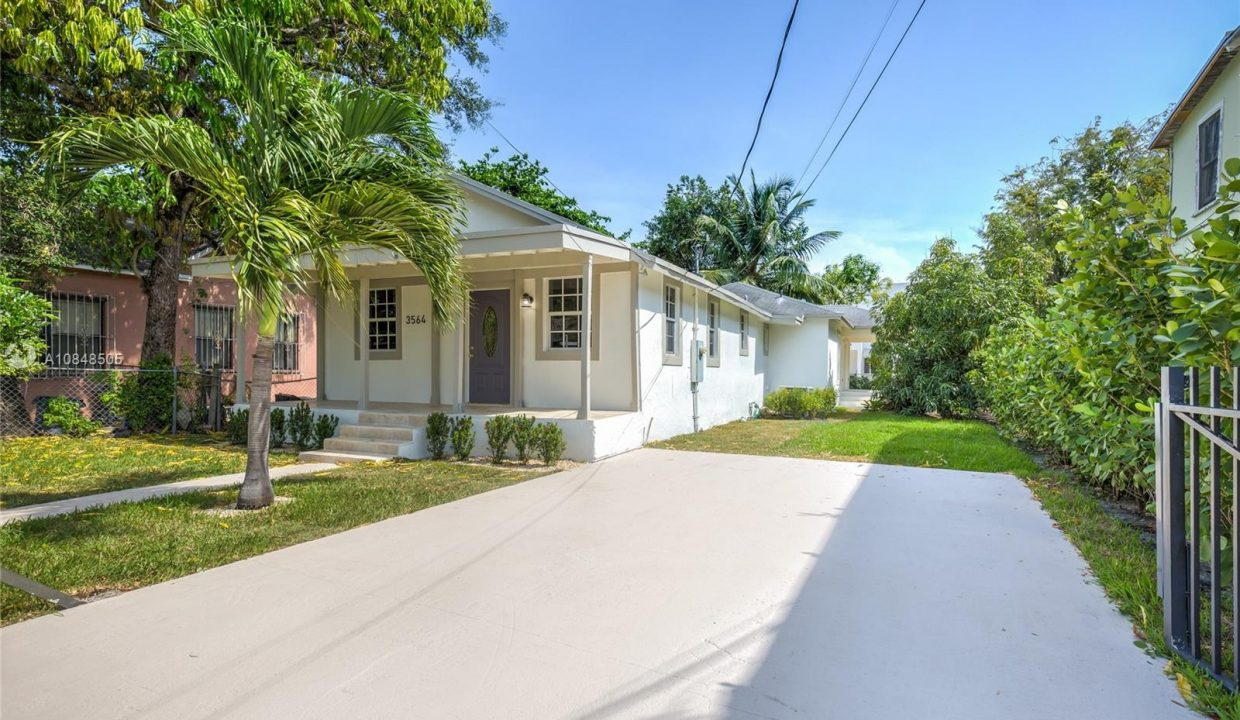 3564-William-Ave-Miami-Florida-Ushombi-19