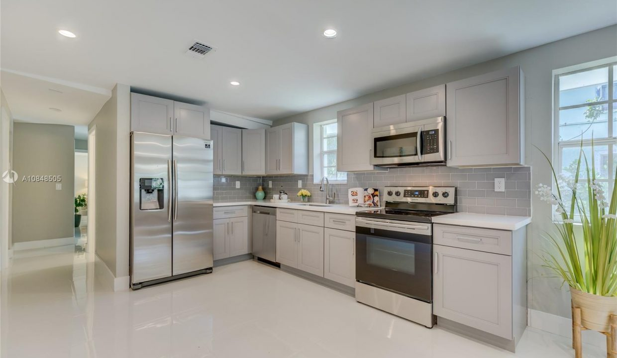 3564-William-Ave-Miami-Florida-Ushombi-4