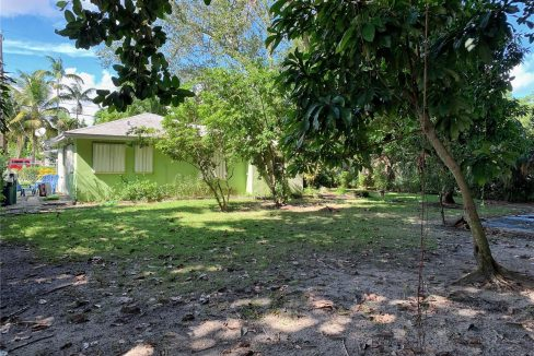 6792-SW-78th-Terrace-Florida-Ushombi-4