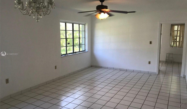 6792-SW-78th-Terrace-Florida-Ushombi-7