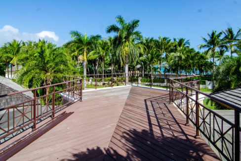 76-Island-End-Bahamas-Ushombi-18