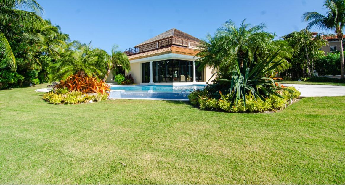 76-Island-End-Bahamas-Ushombi-22