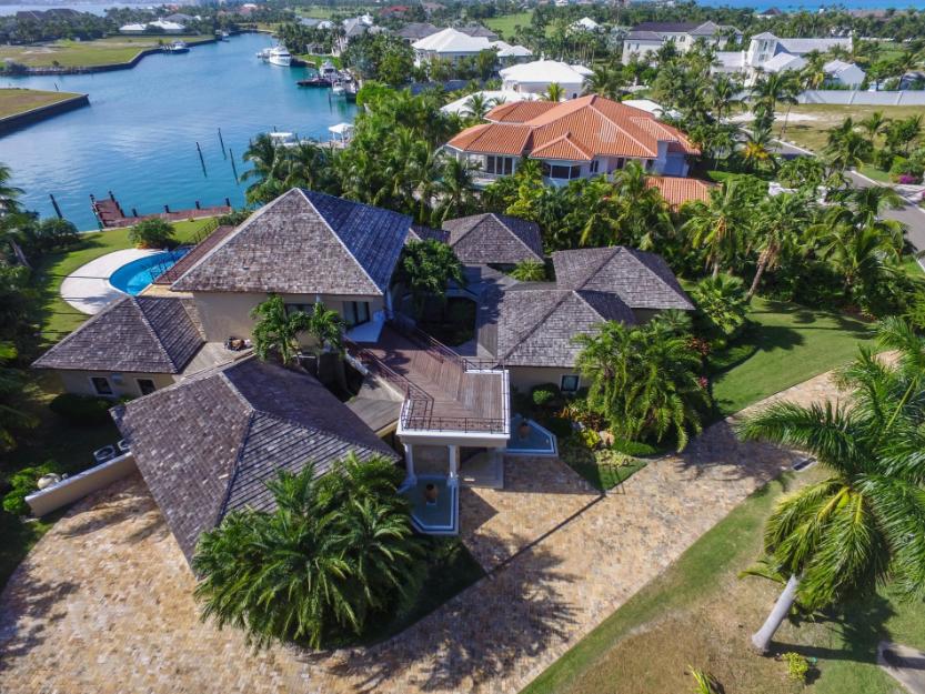 76-Island-End-Bahamas-Ushombi-32
