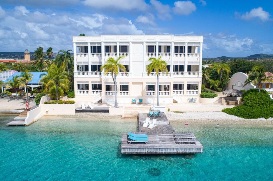 Blue-Water-Residences-Bonaire-Ushombi-1