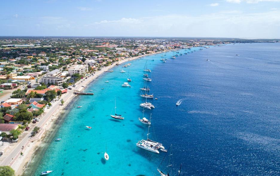 Blue-Water-Residences-Bonaire-Ushombi-18